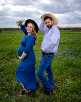 Gabby & Dylan in Kyle (Maternity)